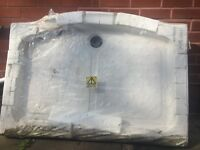 White ceramic shower tray 1200 x 800mm
