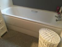 White Bath & Sink with Taps