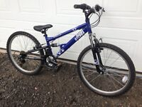 Boys bike 13 inch frame, hardly used great condition, 18 gears
