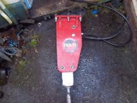 takeuchi tkb71 hydraulic breaker/pecker,mini digger.excavator,plant hire
