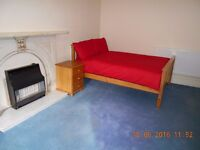 Fully furnished studio available in BD8 next to Lister Park. Rent includes all bills. R4