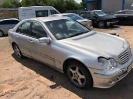 Breaking mercedes c220 cdi auto 2005 in silver