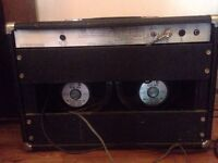 VIPER guitar amp 100 watts Made in England 1973