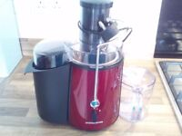 Nearly New Fruit and Veg Juicer in good working order