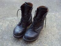 Ex-Army boots (genuine British issue)