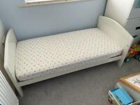 Humphrey's Corner Toddler Bed