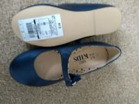Girls blue shoes size 10
