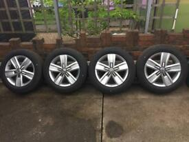 New genuine Vw transporter t5/t6 alloy wheels and tyres 17inch