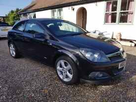 ***Vauxhall Astra SRI 12 Months MOT Immaculate condition 45 mpg lots of history***