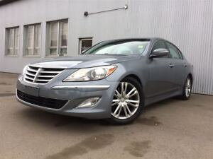 2014 Hyundai Genesis 3.8L,BACKUP CAMERA, LEATHER, SUNROOF, BLUET