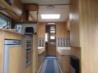 Ace Supreme Superstar 4 berth (2007) twin axle 2 single fixed beds with Kampa all-season awning