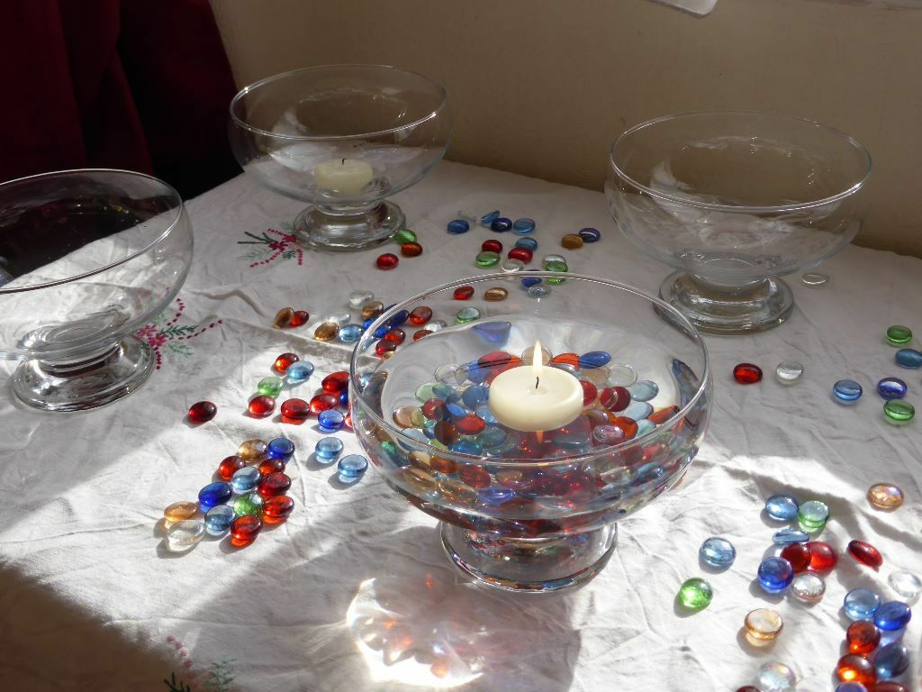 Wedding Fish Bowl Table Decorations With Glass Nuggets In
