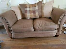 SCS 2 SEATER SETTEE
