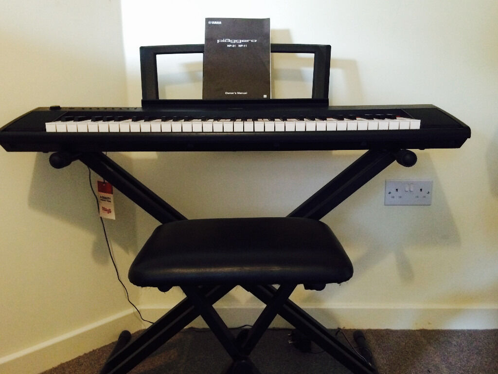 Yamaha Piaggero Np11 Electric Keyboard With Keyboard Stand