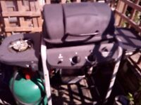 Gas barbecue with large 3/4 full bottle