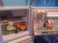 TABLE TOP FRIDGE excellent condition (free delivery)