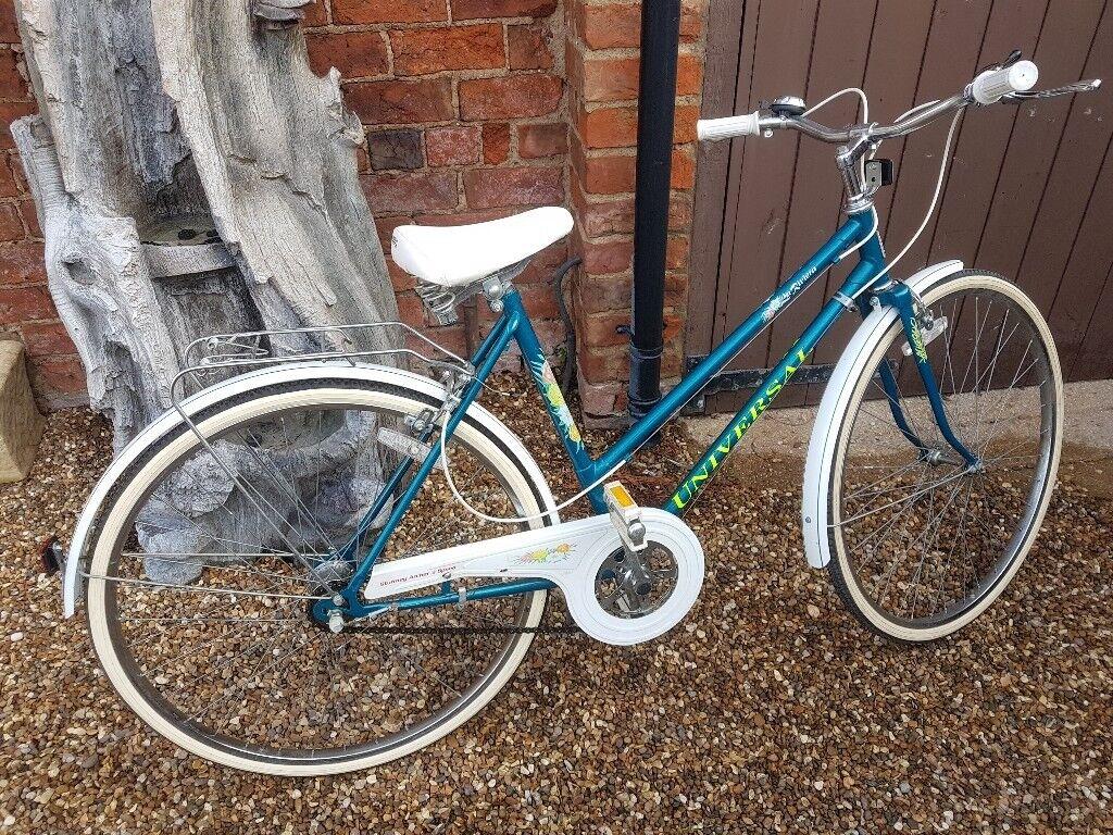 Lovely retro ladies bike * REDUCED £80*