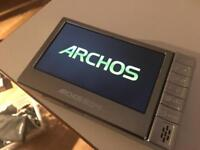 Archos 504 multimedia player and dock and remote