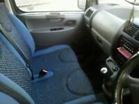 Expert Scudo minbus taxi 9 seater