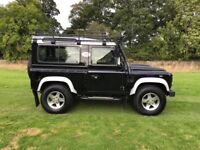 Land Rover Defender TD XS STATION WAGON (black) 2014-06-10