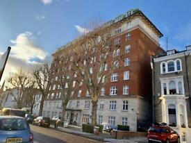 2 bedroom flat in Abercorn Place, St John`s Wood NW8