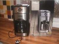 Crofton professional coffee maker with Grinder
