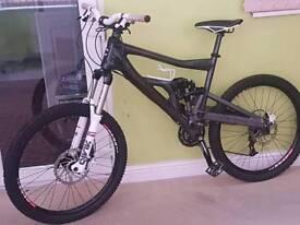 Cannondale moto carbon fibre Mountain Bike
