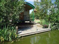 Fishing 2 Nights £150.00 Well stocked private carp fishing lake & JACUZZI HOT TUB Carp upto 3011b