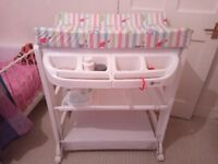 Neat baby changing station.Child has outgrown it hence selling. Can be dismantled for easy carriage.
