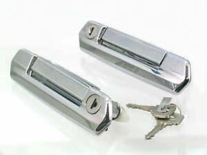 maniglie-portiere-con-blocco-cilindri-e-una-ripartizione-di-LADA-NIVA-art