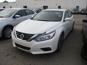 2016 Nissan Altima 2.5 SV | Sunroof | Heated Seats | Backup Came