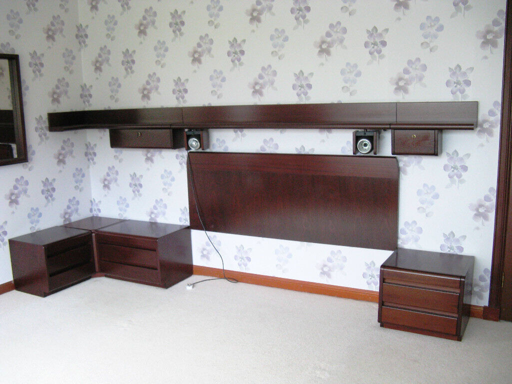 Quality 1970/80's German Bedroom furniture by Moser.