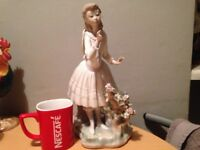 Large Lladro Figure of a Girl on Garden Bench Leaning. AF for repair 29cm high