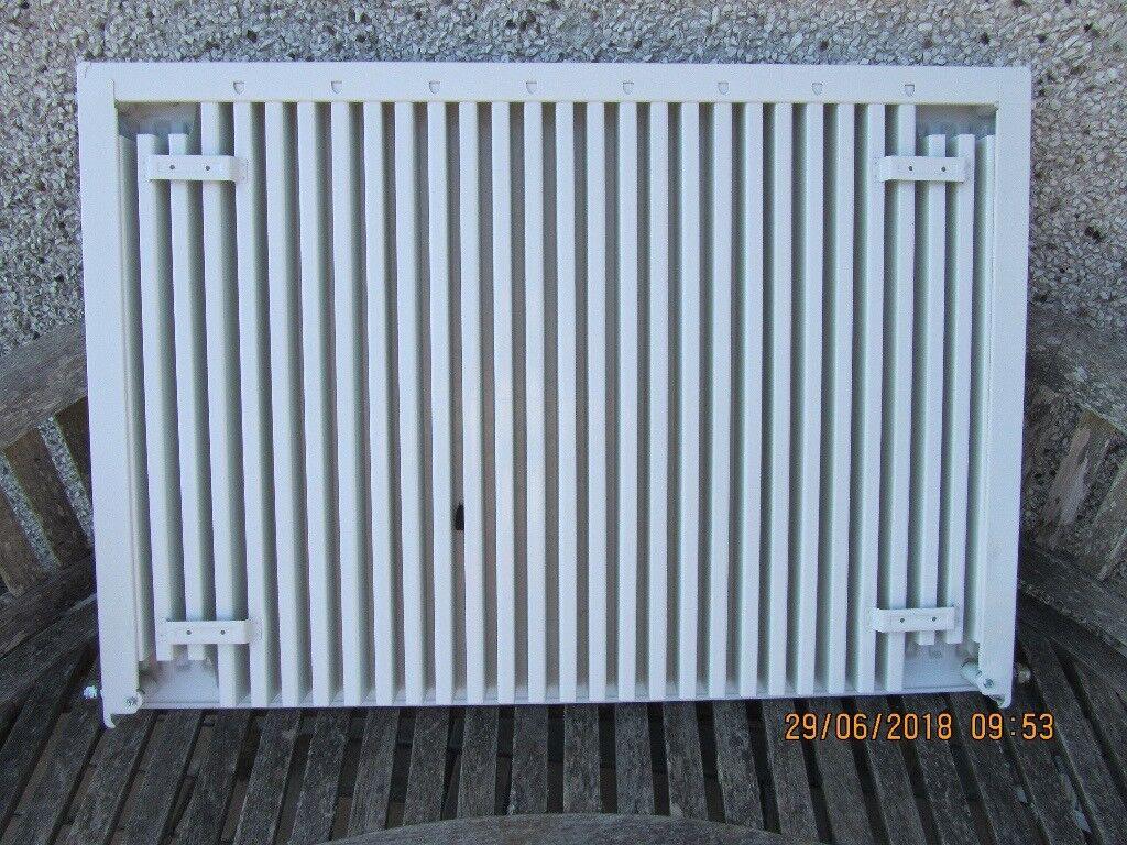 2 White wall radiators, 1.403 l x 705 d x 70 and 1.005 l x 705 d x ...