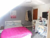 Lovely studio flat on Richmond Road for just £595 including bills