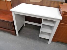 Small White Desk…RF4745
