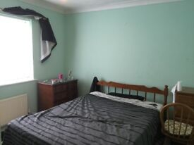 LARGE DOUBLE ROOM FOR RENT IN HOUSE IN DEREHAM