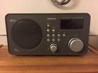 Ferguson FRG-R121D FM/DAB Digital Radio Alarm Clk *Wood Finish*