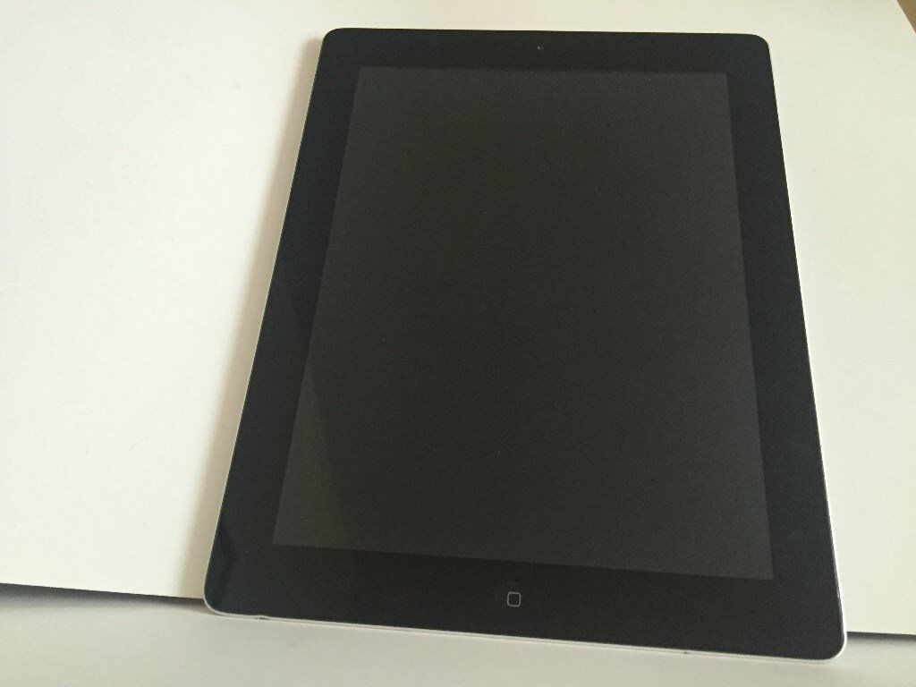 Apple iPad 2 16GB WiFi Black Silverin Ilford, LondonGumtree - Apple iPad 2 16GB WiFi Black Silver Mint screen, few minor signs of use around the casing Very Good Condition excellent working condition please note no charger and box come with this ipad. Detailed item information Product Information The Apple iPad...