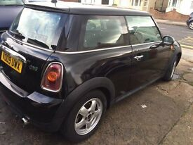 2009 mini one black 1.4,63075 mileage