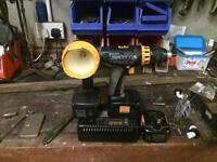 15.6 v Panasonic drill/torch set