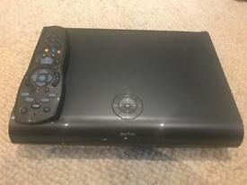 2TB HD Sky box with remote
