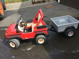 2 x child's battery cars