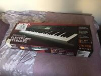 Casio CTK 3200 - 61-key touch sensitive personal keyboard, nearly new and great condition