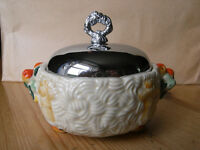 Clarice Cliff sugar bowl