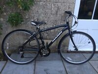 Marin Kentfield Men's Hybrid/Urban Bike with Mudguards and In Great Condition