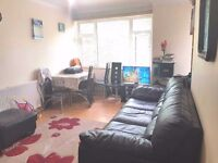 3 bedroom flat no reception 7-8 minutes walk to Limehouse Station.