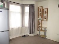 Lovely two bed flat in Manor Park E12, Available Immediately!!