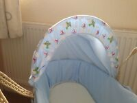 Baby Moses Basket with Mattress and Rocking Stand