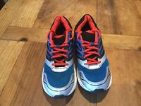 Men's trainers size 9